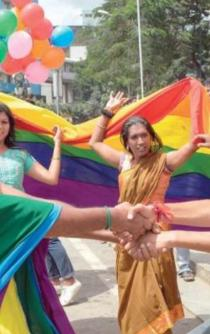 India despenaliza la homosexualidad