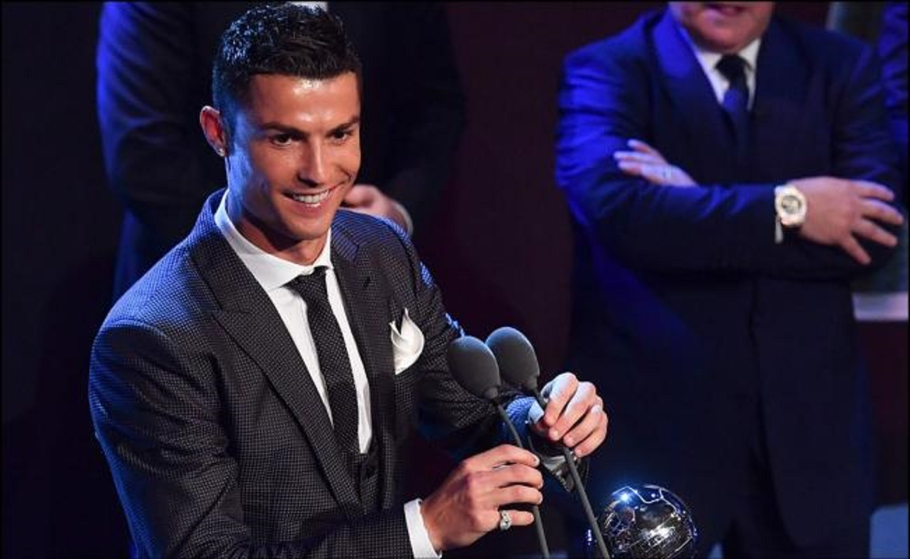CR7, Cristiano, FIFA, The Best, Puskas, mejor fubolista