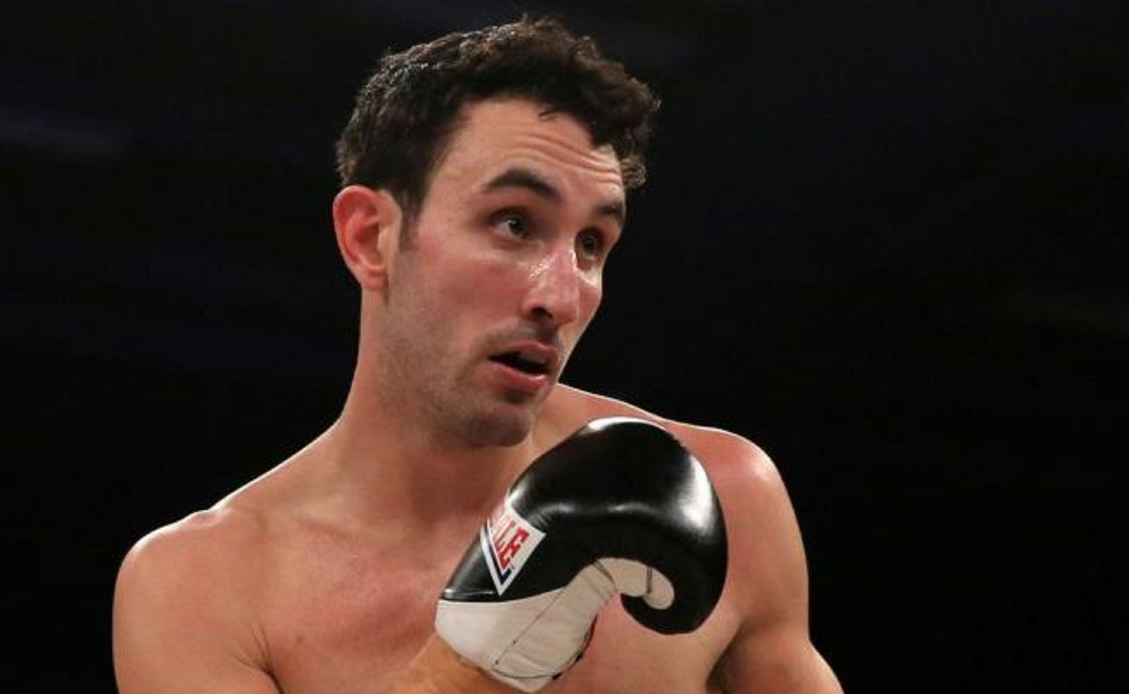 Scott Westgarth, Doncaster, Stefy Bull, Redes Sociales, Box,